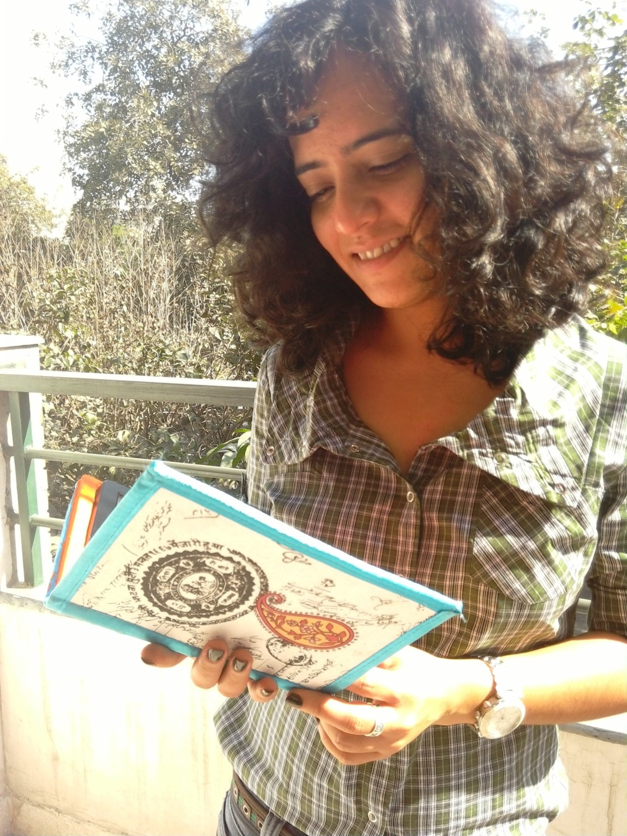 Hina Khan with the hand-crafted book-cover she made for me.